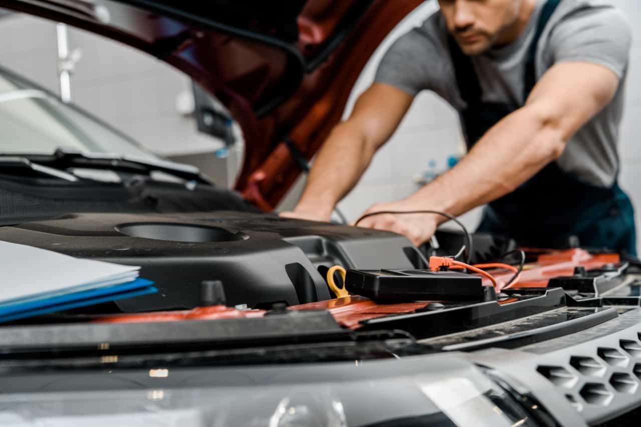 Férias sem sustos: seguro garantia cobre mais de 100 itens do carro por 1 ano