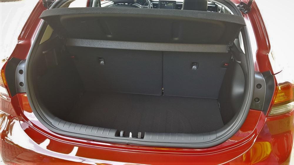 Kia Rio hatch compacto