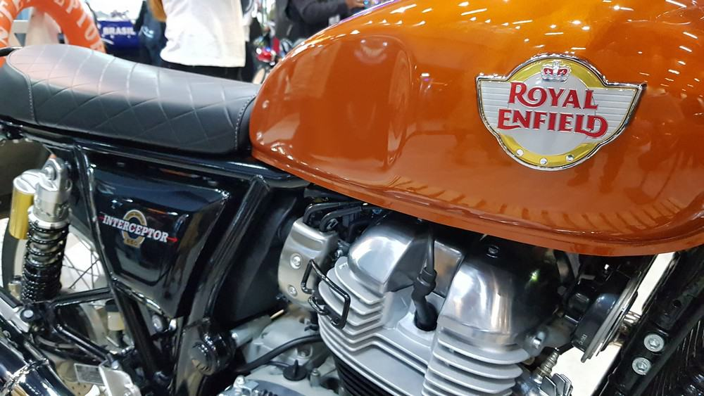 Royal Enfield Interceptor moto