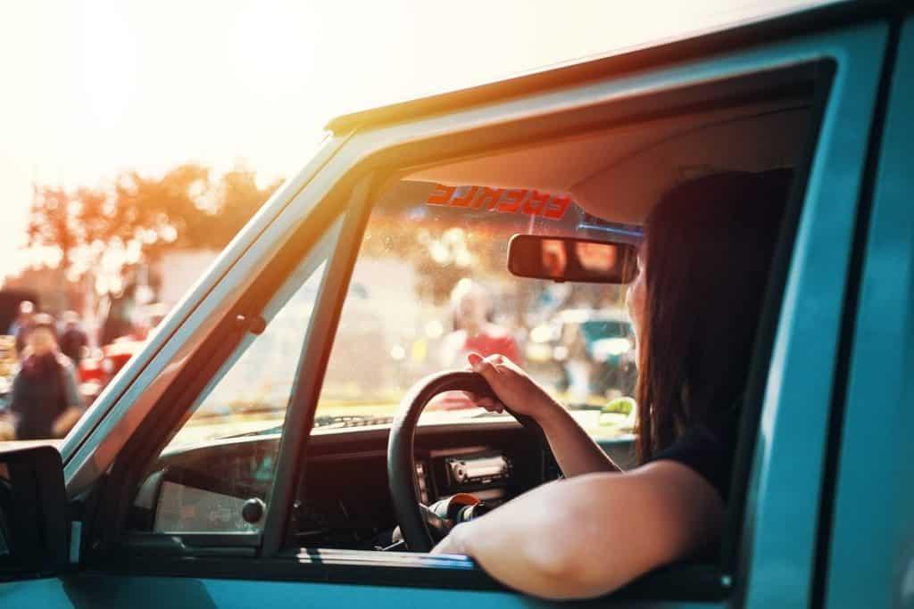 Carro janela aberta