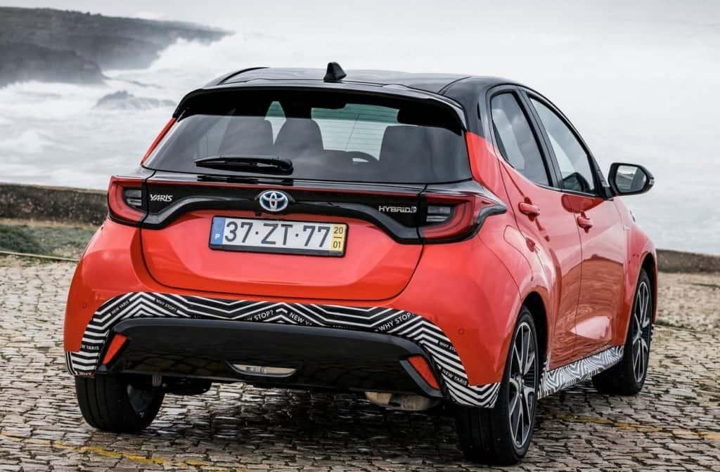 Novo Toyota Yaris, versão híbrida, vendido na Europa