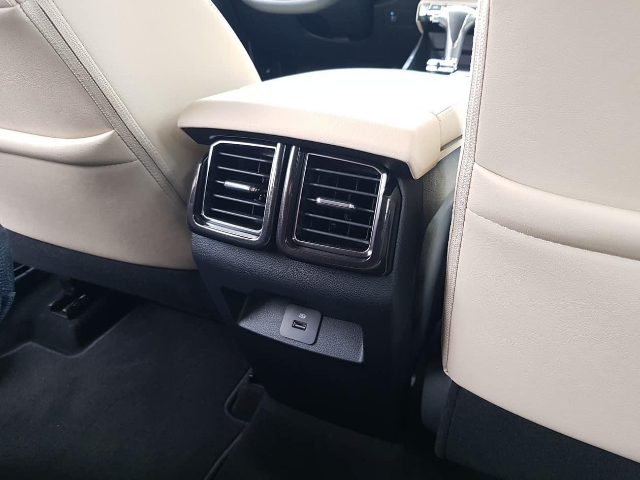 Ford Territory 1.5 SUV ventilação traseira