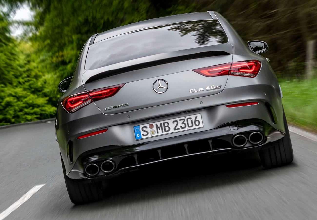 Mercedes-AMG CLA S 45 traseira