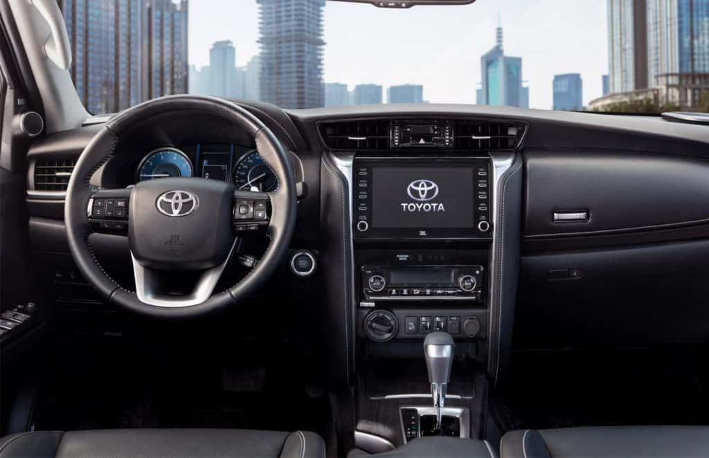 Interior da Toyota SW4 2021