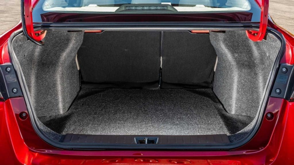 Porta-malas do novo Nissan Versa