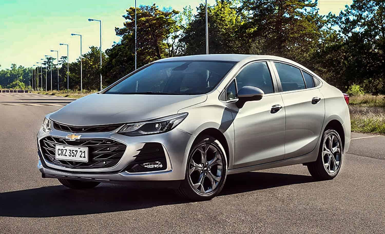Chevrolet Cruze 2021 ganha retoque visual e a volta da versão LTZ