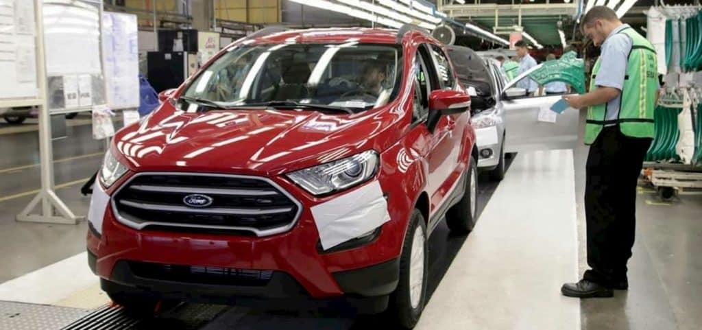 Ford Ecosport na linha de produção em Camaçari (BA)
