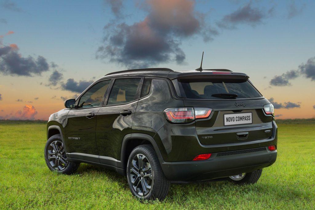 Jeep Compass 2022 de traseira
